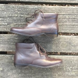 Vtg Auditions Leather Ankle Granny Booties Boots